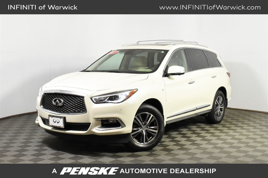 Certified Pre-Owned 2017 INFINITI QX60 AWD