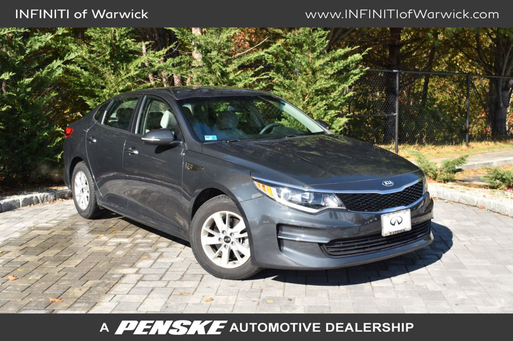 Pre-Owned 2016 Kia Optima 4dr Sedan LX